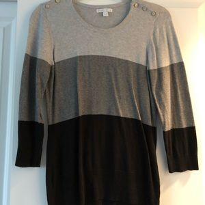 Tricolor 3/4 length light sweater